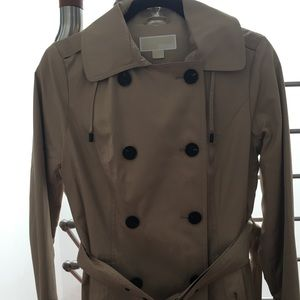 Michael Kors trench coat ( fully lined)